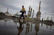 الإمارات تتوقع استقرار أسعار النفط