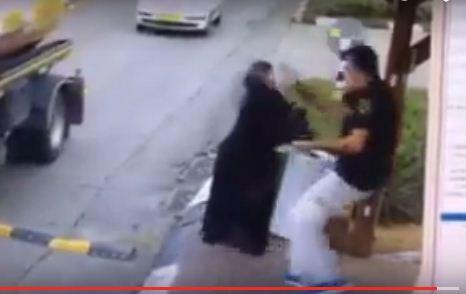 فيديو لأجرأ وأقوى فتاة فلسطينية طعنت جنديا صهيونيا