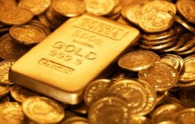 سعر الذهب ينخفض مع ارتفاع الدولار