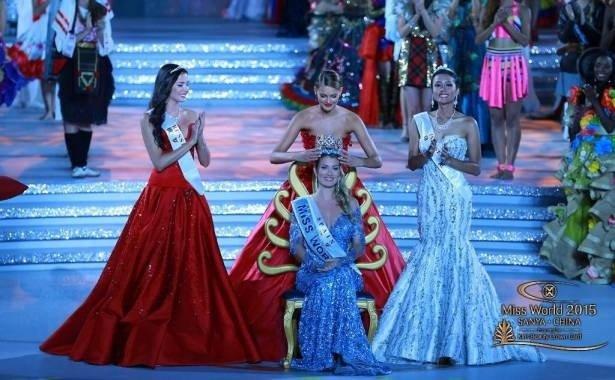 ملكة جمال العالم اسبانية واللبنانية فاليري ابو شقرا رابعة