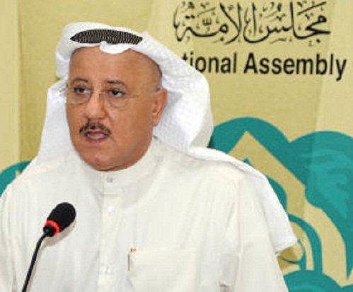 بالفيديو الكامل: وفاة نائب كويتي مباشرة خلال جلسة نيابية