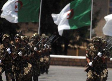 الجيش الجزائري قتل واعتقل 157 ارهابيا عام 2015