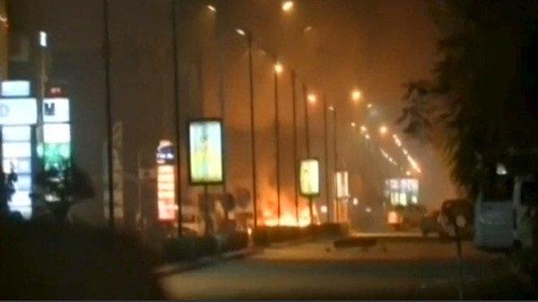 القاعدة تقتل 20 شخصا بهجوم على فندق في بوركينا فاسو