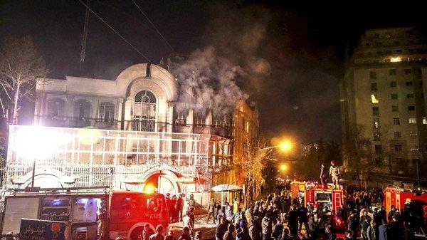 ايران تعتذر للسعودية وتتعهّد بحبس المعتدين على السفارة