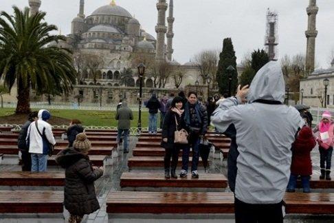 داعش يفجّر السلطان احمد ويقتل 9 المان في تركيا