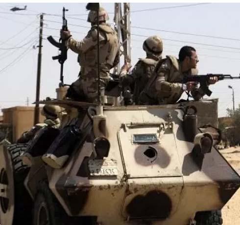 الجيش المصري يقتل 40 شخصا في سيناء