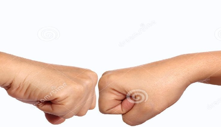 7 مشاكل صحية يمكن معرفتها من قبضة يدك