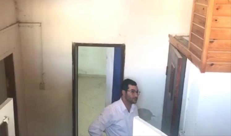 إخلاء منزل فلسطيني بالقدس وتسليمه للمستوطنين