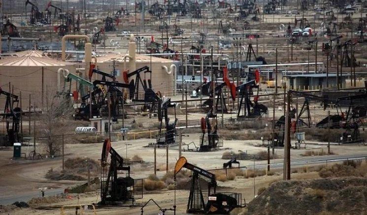 اوبك تناشد منتجي النفط الصخري تخفيف الانتاج