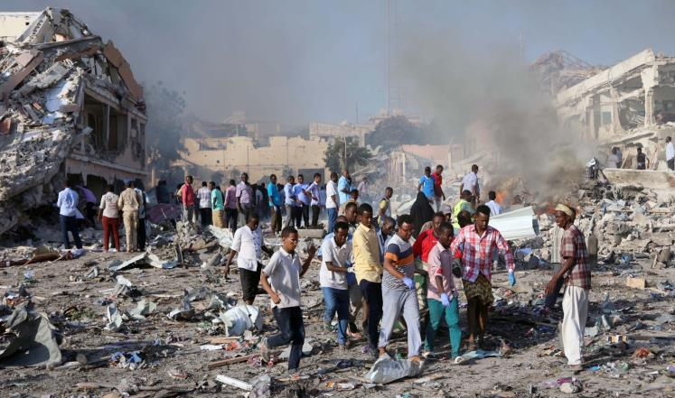أكثر من 300 قتيل في انفجار مقديشو
