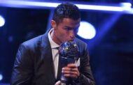 كريستيانو رونالدو أفضل لاعب بالعالم في 2017