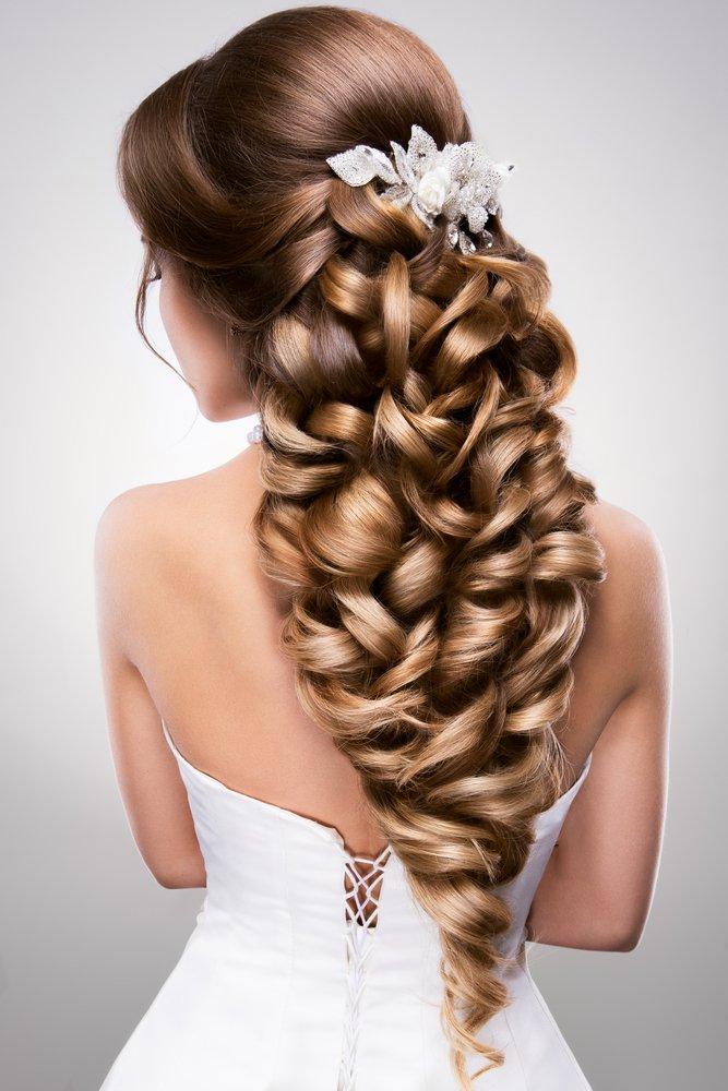 اسباب تساقط شعر العروس وطرق علاجه