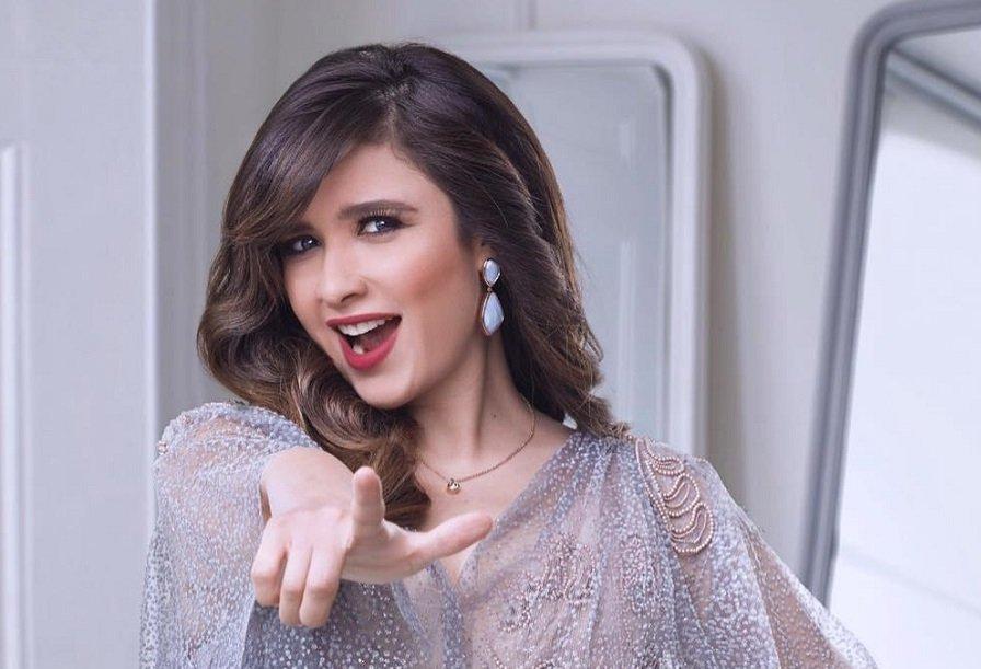 أبشع صورة للممثلة ياسمين عبدالعزيز