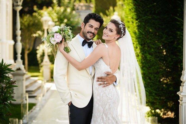 فهرية إفجان تنشر صورة من زفافها على انستقرام