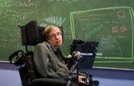 وفاة عالم الفيزياء ستيفن هوكينغ