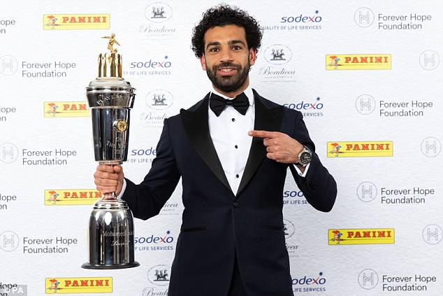 محمد صلاح يفوز بجائزة أفضل لاعب بالدوري الإنجليزي