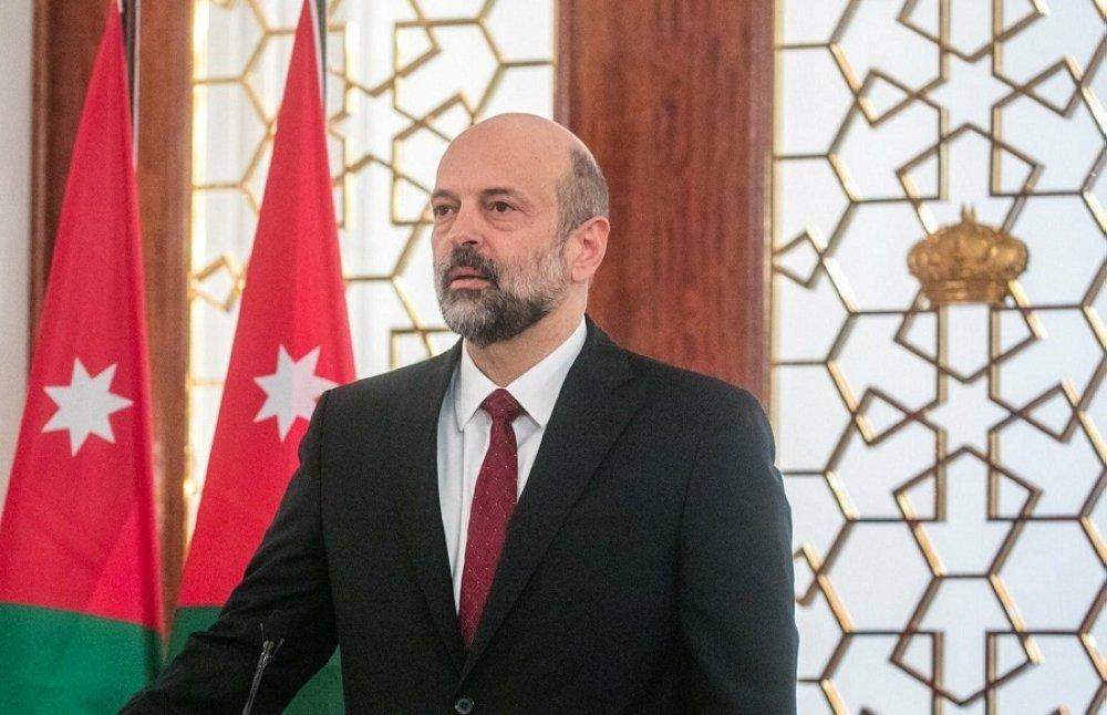 عمر الرزاز يبدأ مشاورات تشكيل الحكومة بعد استقالة الملقي