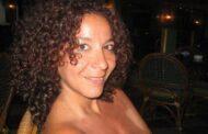 طرد دكتورة مصرية نشرت صورها عارية واعتبرت ابليس مظلوما