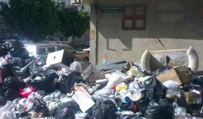 النفايات تأكل طرقات لبنان مجددا