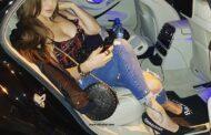 صور هيفاء وهبي مع عمر اديب بالفستان الاحمر والخلخال الجديد