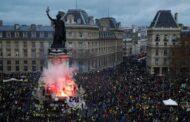 السترات الصفراء تضغط على الاقتصاد الفرنسي